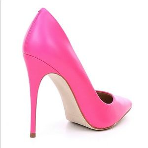 Steve Madden Shoes - Steve Madden Daisie Neon Pink Pointed Toe Pumps